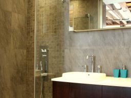 top-5-walk-in-showers-that-everyone-is-loving